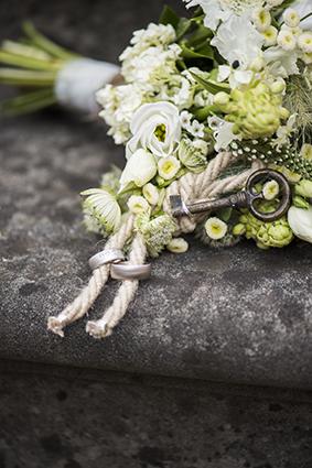 Brautstrauss mit Schlüssel