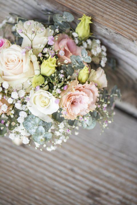Der wunderschöne Brautstrauss in zarten Tönen