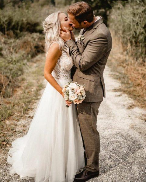 Das wunderschöne Brautpaar an ihrem schönsten Tag